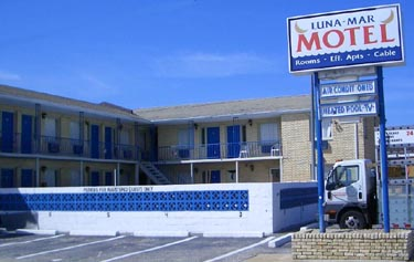 Luna Mar Motel
